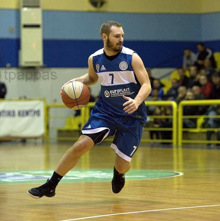 """Photo of """"Χαζομπαμπάς"""" ο Χαιρετίδης!!!"""