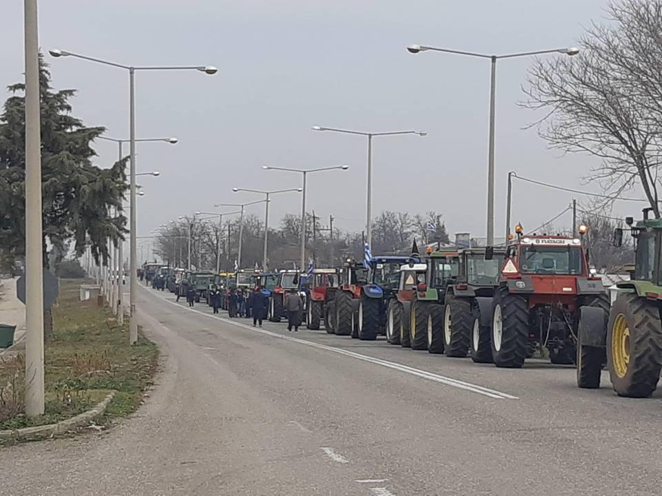 """Photo of """"Παγώνουν"""" οι αγροτικές κινητοποιήσεις στα Φάρσαλα"""