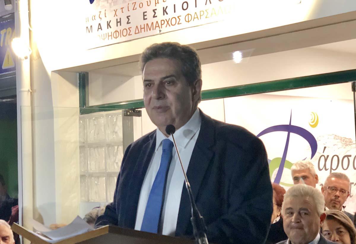 """Photo of Εσκίογλου στα εγκαίνια του εκλογικού του κέντρου: """"Θέλουμε έναν δήμο ανοιχτό σε όλους τους πολίτες"""""""