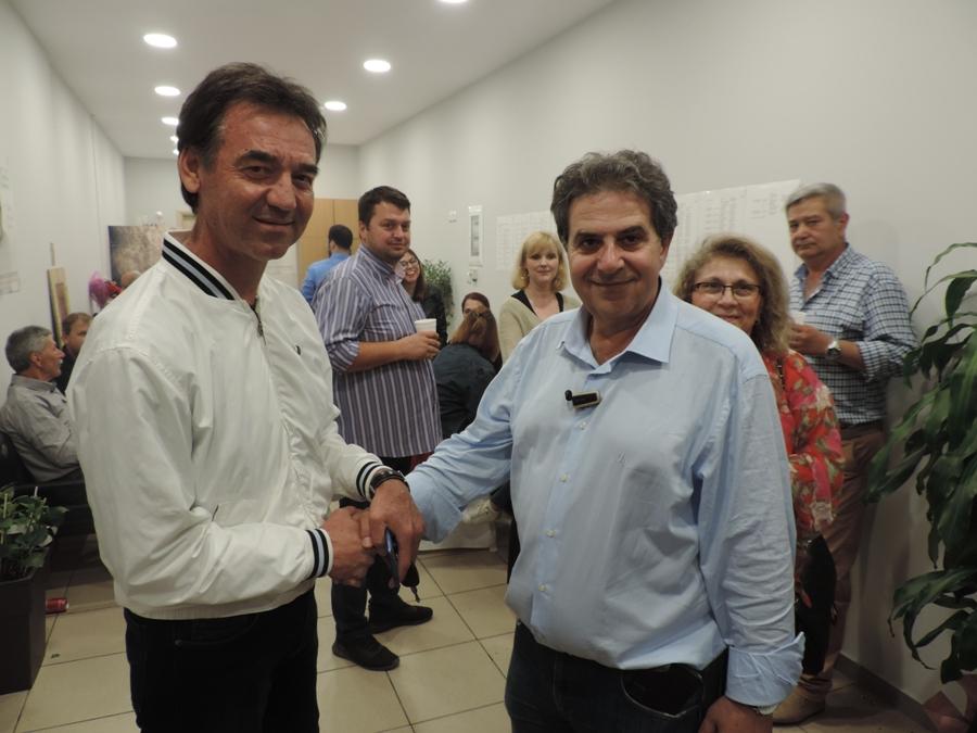 Photo of Ο πρόεδρος του Αχιλλέα Φαρσάλων κ. Αθανάσιος Λέφας στο εκλογικό του κ. Εσκίογλου!
