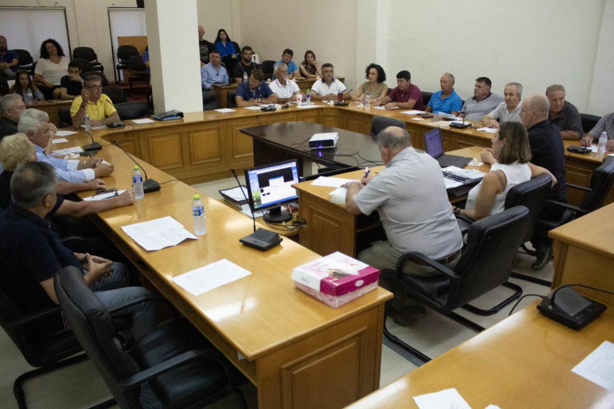 Photo of Απολογιστικoύ χαρακτήρα ήταν το τελευταίο Δημοτικό Συμβούλιο – Παρουσιάστηκε η μελέτη της περιοχής «Κατράνα»