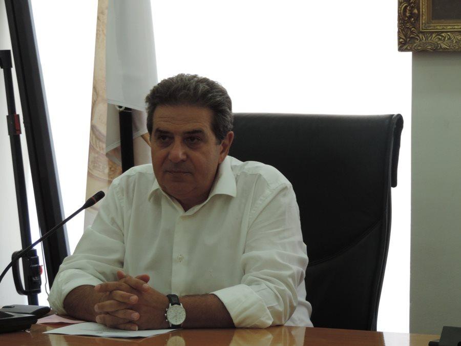Photo of Η πρώτη φωτογραφία του κ. Μάκη Εσκίογλου στο γραφείο του Δημάρχου!