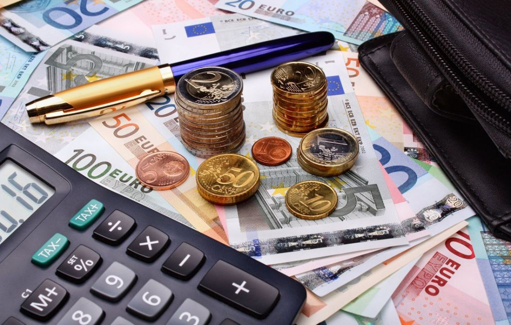 Photo of Επίδομα των 800 ευρώ: Πώς και πότε θα δοθεί – Ανοίγει η πλατφόρμα