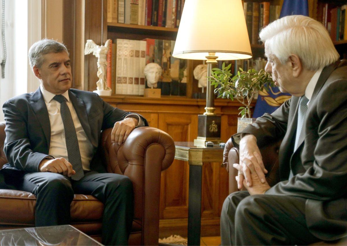 Photo of Συνάντηση με τον Πρόεδρο της Δημοκρατίας Προκόπη Παυλόπουλο είχε ο Περιφερειάρχης Θεσσαλίας Κώστας Αγοραστός