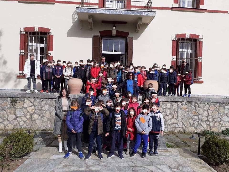 "Photo of Μαθητές του 4ου δημοτικού επισκέφθηκαν το ""Κονάκι"" Πολυνερίου"