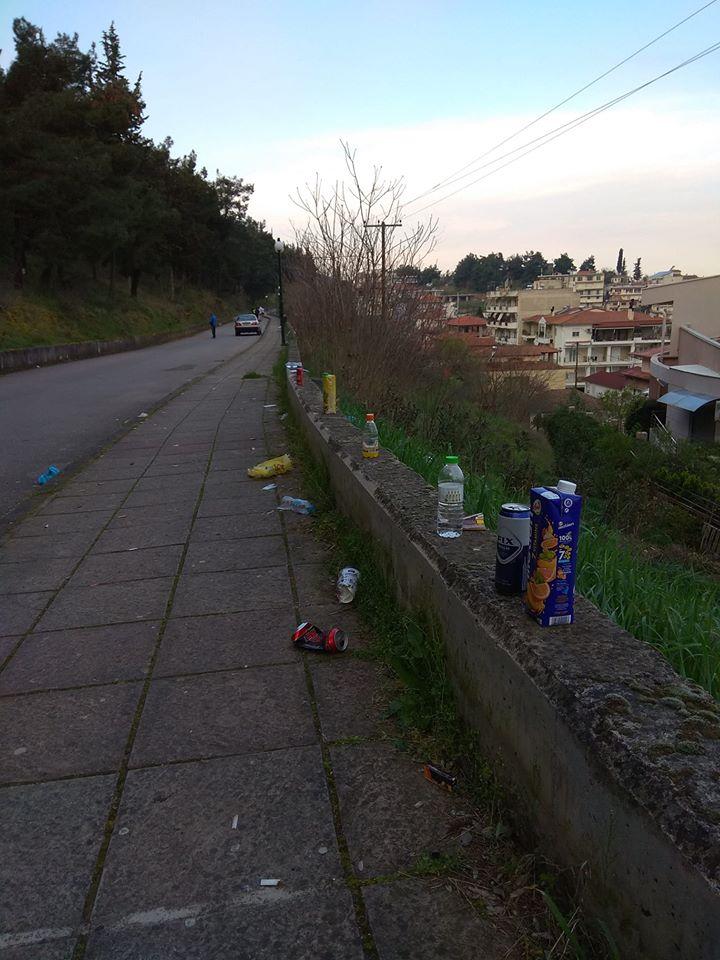 "Photo of Κορονοϊος: ""Παρτάκια"" και σκουπίδια στον Περιφερειακό των Φαρσάλων, ατομική ευθύνη…αγνοείται"