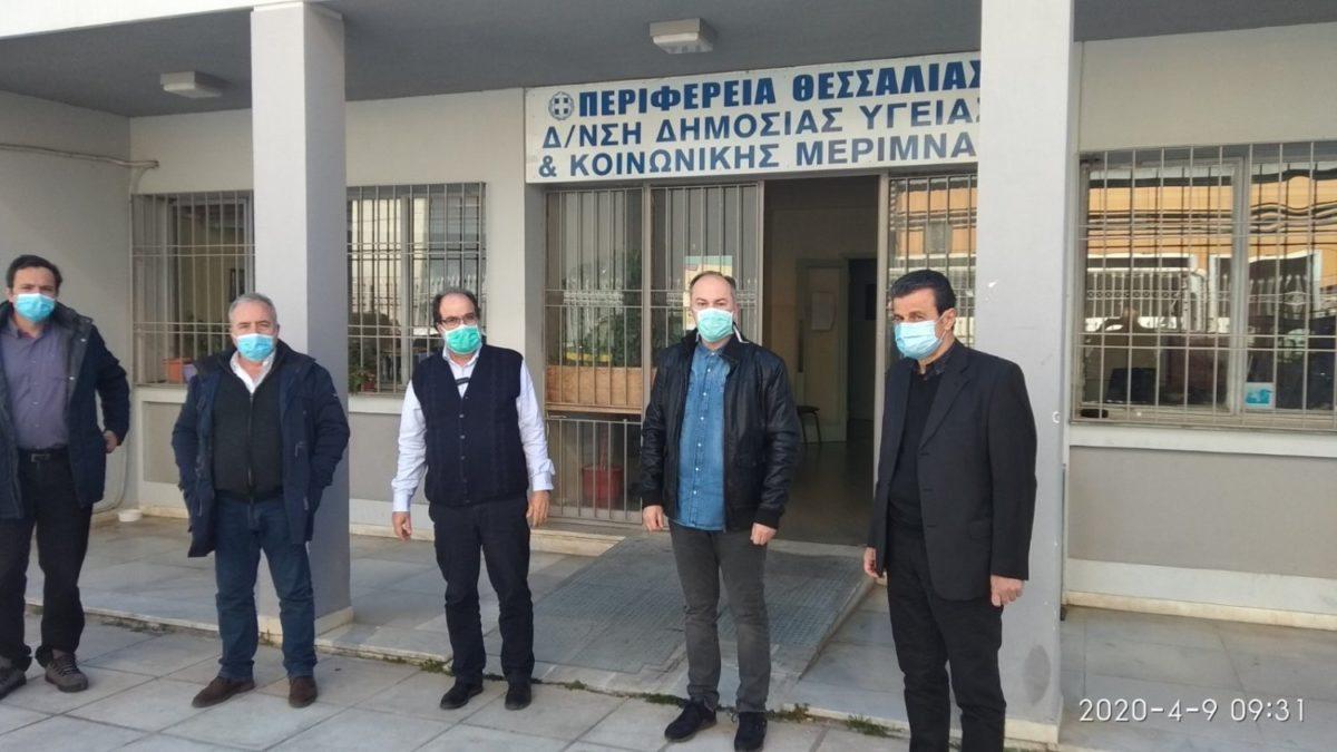 Photo of Κλιμάκιο γιατρών της Περιφέρειας Θεσσαλίας και του ΕΟΔΥ στη Νέα Σμύρνη – Για ιχνηλάτηση των στενών επαφών του 32χρονου Ρομά