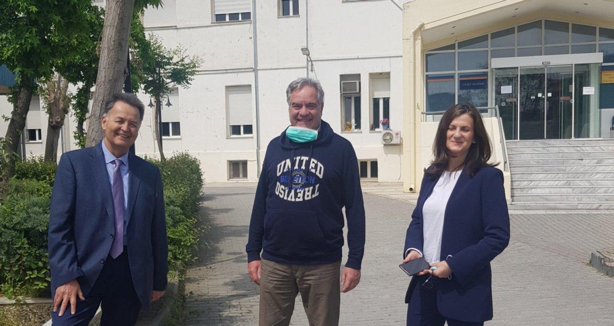 Photo of Το Γενικό Νοσοκομείο Λάρισας επισκέφθηκε την Κυριακή του Πάσχα ο διοικητής της 5ης ΥΠΕ