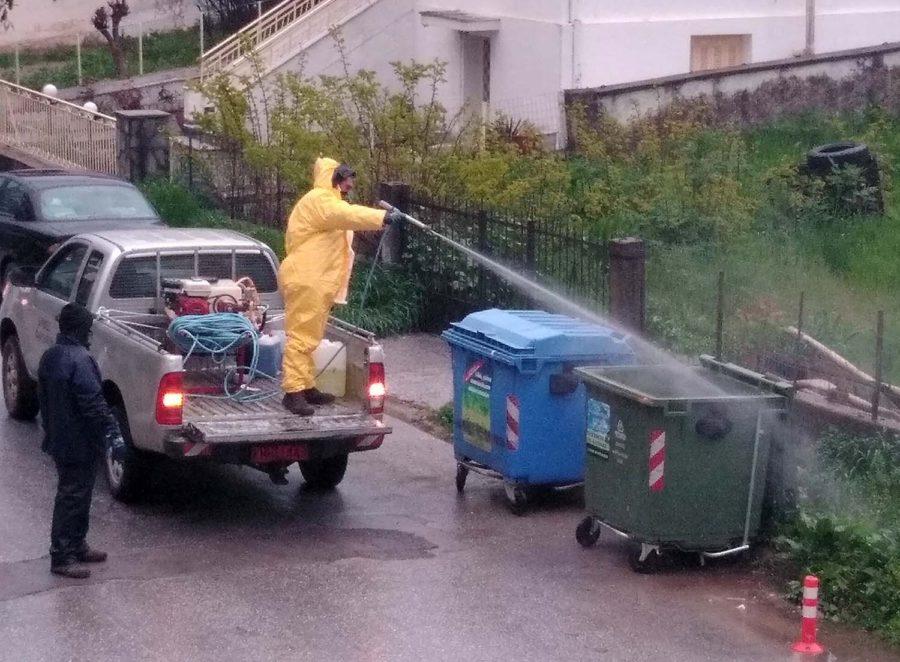 Photo of Απολυμαίνει τους κάδους απορριμμάτων ο δήμος Φαρσάλων