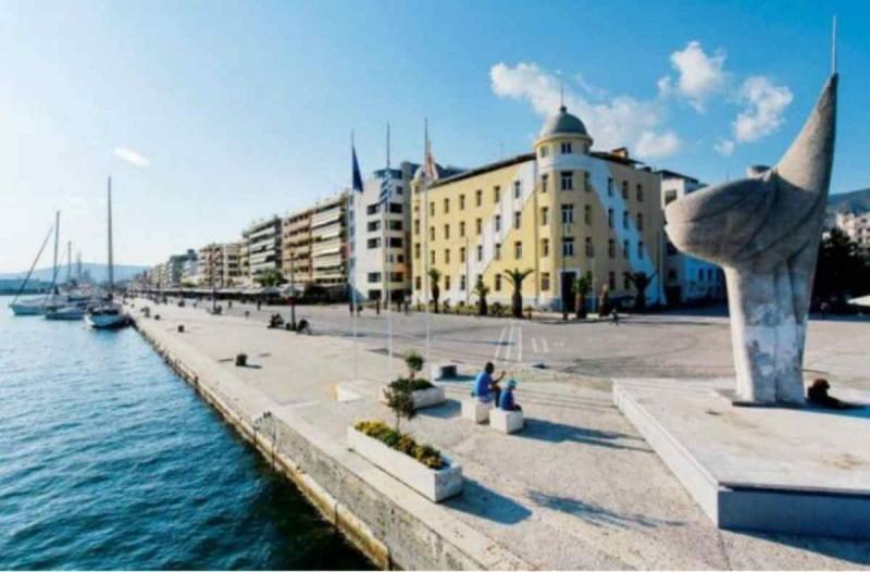 Photo of Βόλος: Κλείνει η παραλία για την αποφυγή συνωστισμού του πλήθους