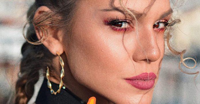 Photo of Λίλα Τριάντη: Η εντυπωσιακή τραγουδίστρια του «X Factor» κάνει «1 Brosta»